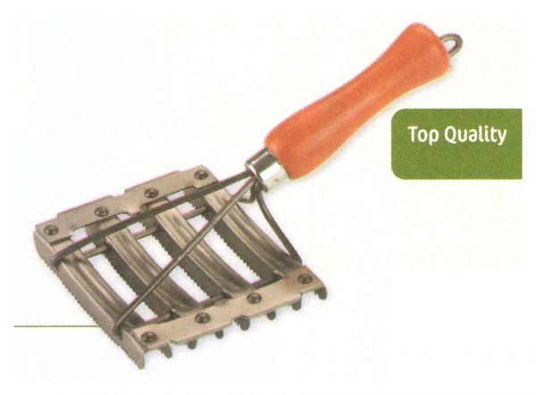 Metallstriegel