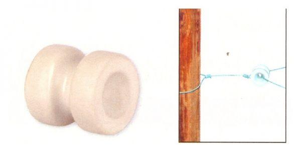 AKO - Porzellan-Eckisolator